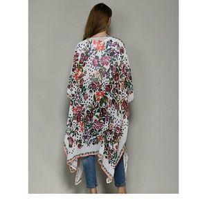Size 4x chiffon kimono.